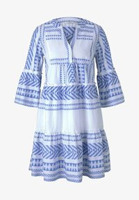 white blue large ikat design