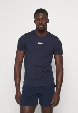 JCOZSS TEE - Jednoduché triko - navy blazer