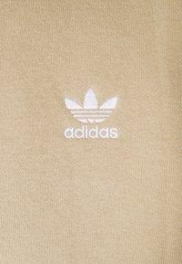 adidas Originals - ESSENTIAL ORIGINALS ADICOLOR HOODIE UNISEX - Felpa con cappuccio - beige tone - 5