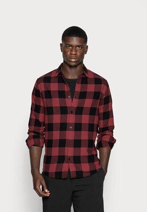 ONSGUDMUND CHECKED - Skjorta - maroon