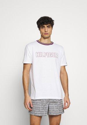 TEE - Pyjamasöverdel - classic white