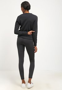 Urban Classics - TECH - Legging - black - 2