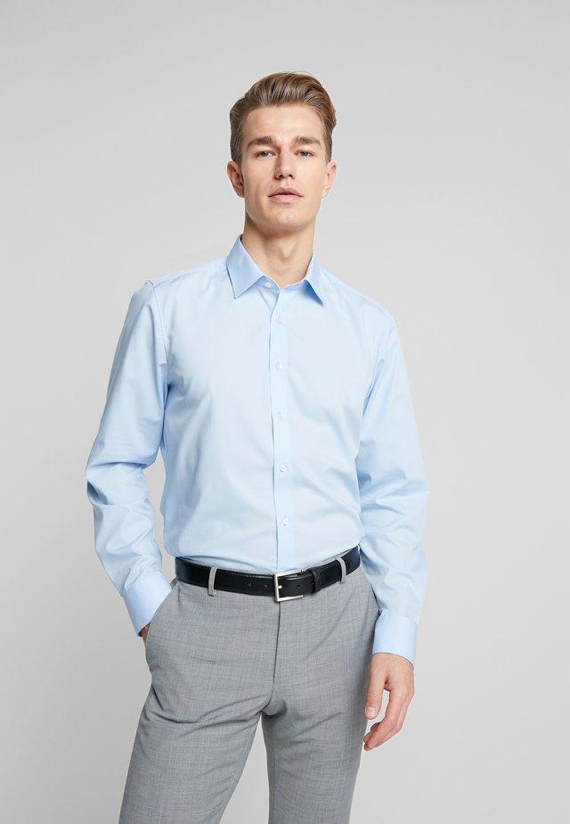 OLYMP LEVEL 5 BODY FIT  - Formální košile - blue