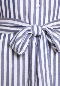 GAP Petite - Robe chemise - blue - 2