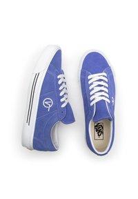 Vans - UA Sid - Trainers - blue - 3