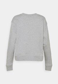 Tommy Hilfiger - RELAXED BOX  - Sweatshirt - light grey heather - 7
