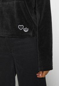 adidas Originals - HOODIE - Sweat à capuche - black - 4