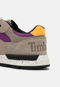 Timberland - FIELD TREKKER  - Sneakers - light taupe/purple - 4