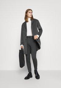 Bruuns Bazaar - JANUS COAT - Klasický kabát - dark grey - 1
