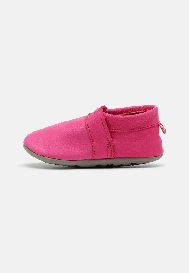 TODDLERS UNISEX - Babyschoenen - pink