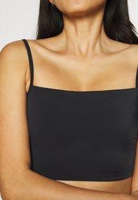 Weekday - HEAT SWIM TANK - Bikini pezzo sopra - black - 5