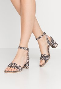 Kennel + Schmenger - Sandals - nude - 0