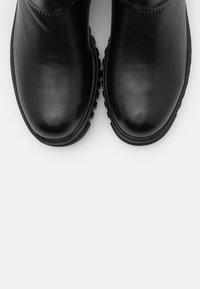 Laura Biagiotti - Kotníkové boty na platformě - black - 5