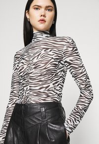 ONLY - ONLTRACY HIGHNECK - Long sleeved top - black - 3