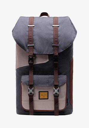Backpack - mandalorian