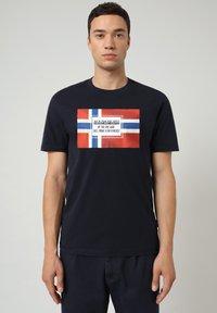 Napapijri - SERA - T-shirt med print - blu marine - 0