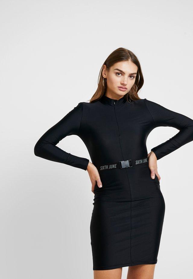 Kotelomekko - black