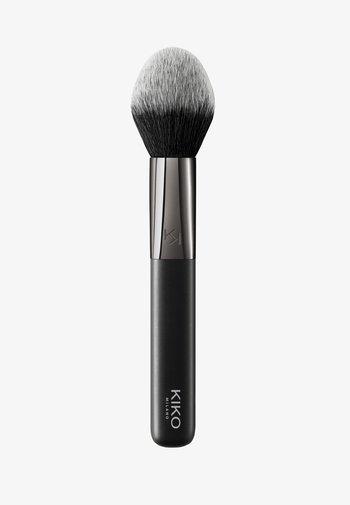 FACE 08 PRECISION POWDER BRUSH - Powder brush - -