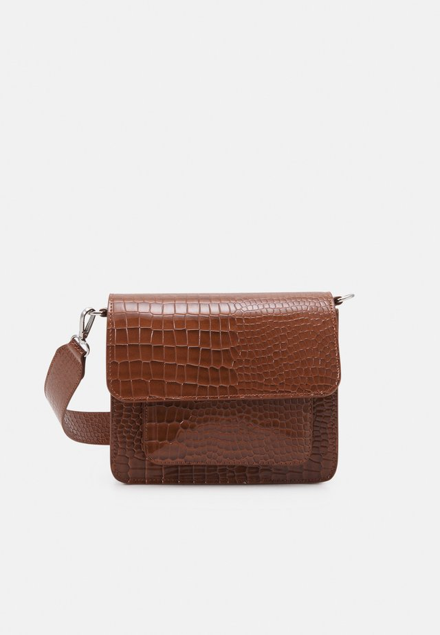 CAYMAN POCKET - Borsa a tracolla - tawny brown