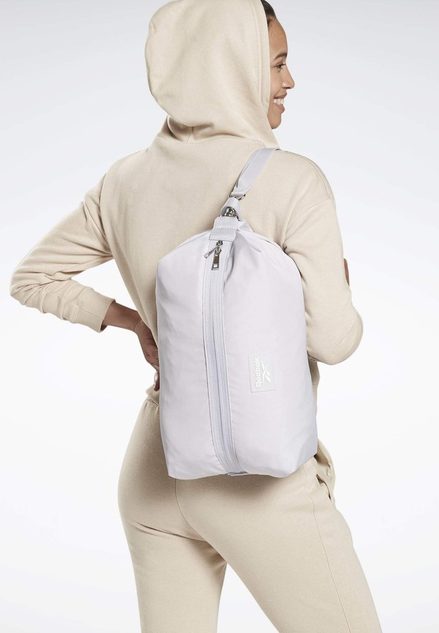 STUDIO IMAGIRO BAG - Drawstring sports bag - sterling grey