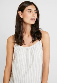 Esprit - STRIPE - Top - off white - 4