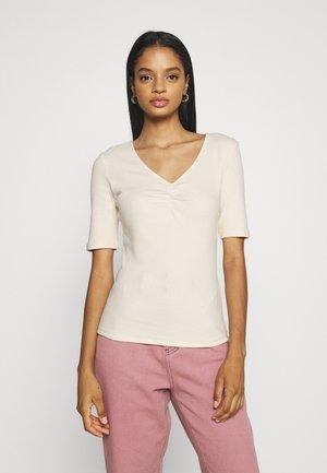 VIFELIA - T-shirts - birch