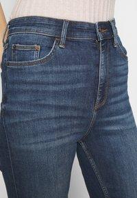 Marks & Spencer London - CROPPED - Jeans Skinny Fit - dark blue denim - 3