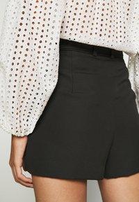 Claudie Pierlot - ELGA - Shorts - noir - 3