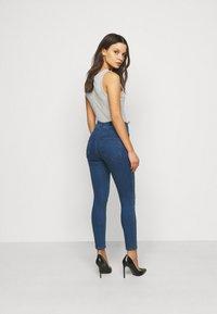 Vero Moda Petite - VMSOPHIA BIKER - Skinny džíny - dark blue denim - 2