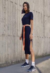 Nike Sportswear - REACT 55 - Sneakers - black/white - 3