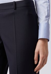 BOSS - TILUNA - Pantalon classique - marine - 2
