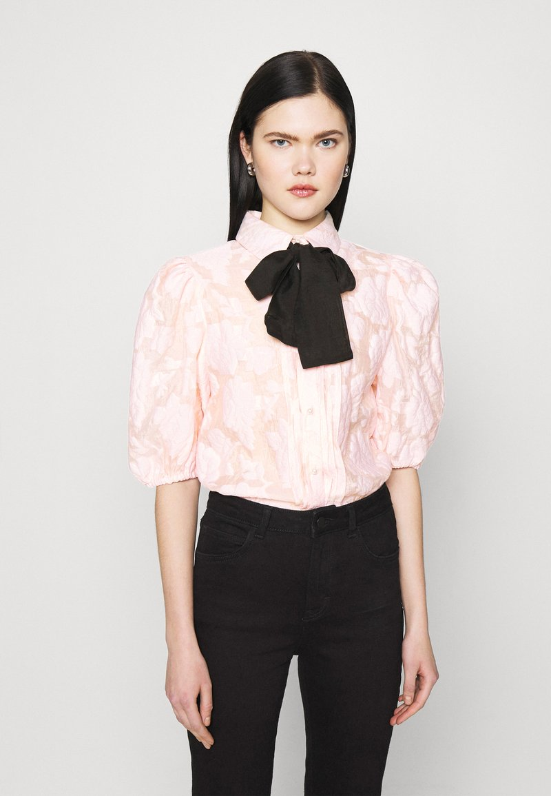 Sister Jane - APERITIF FLORAL PUFF SLEEVE BLOUSE - Button-down blouse - pink