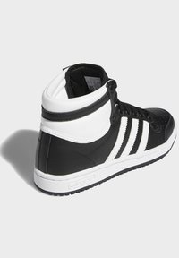 adidas Originals - TOP TEN SPORTS STYLE MID SHOES - High-top trainers - black - 3