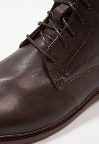 Shoe The Bear - NED - Lace-up ankle boots - brown - 5