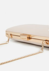 Forever New - NATALIE CLASP - Clutch - nude - 3