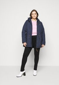 ONLY Carmakoma - CAROP LIFE SUPER - Jeans Skinny Fit - black - 1
