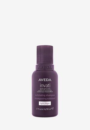 INVATI ADVANCED™ EXFOLIATING SHAMPOO LIGHT - Shampoo - -