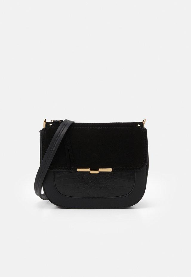 CROSSBODY BAG  - Sac bandoulière - black