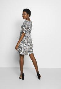 Frieda & Freddies - DRESS - Day dress - leo print - 2