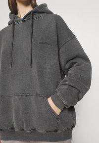 BDG Urban Outfitters - SKATE HOODIE - Felpa con cappuccio - charcoal - 5