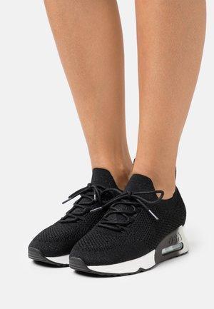 LUNATIC BIS - Sneakers basse - black