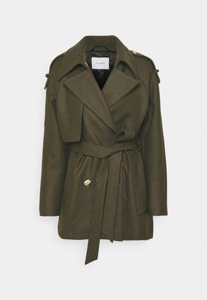 JUSTINE - Short coat - silver pine