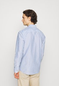 Only & Sons - ONSTRIPP LIFE STRIPED - Shirt - cashmere blue - 2