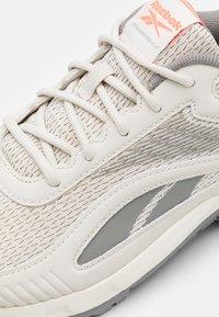 Reebok - RIDGERIDER 6.0 - Zapatillas de trail running - grey - 5