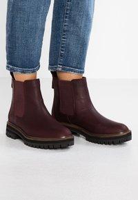 Timberland - LONDON SQUARE CHELSEA - Boots à talons - dark port mincio - 0