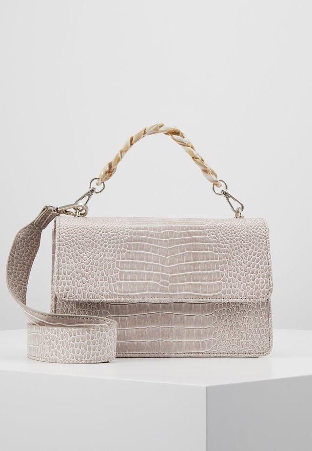 BRIGHT MAYA BAG - Across body bag - light grey