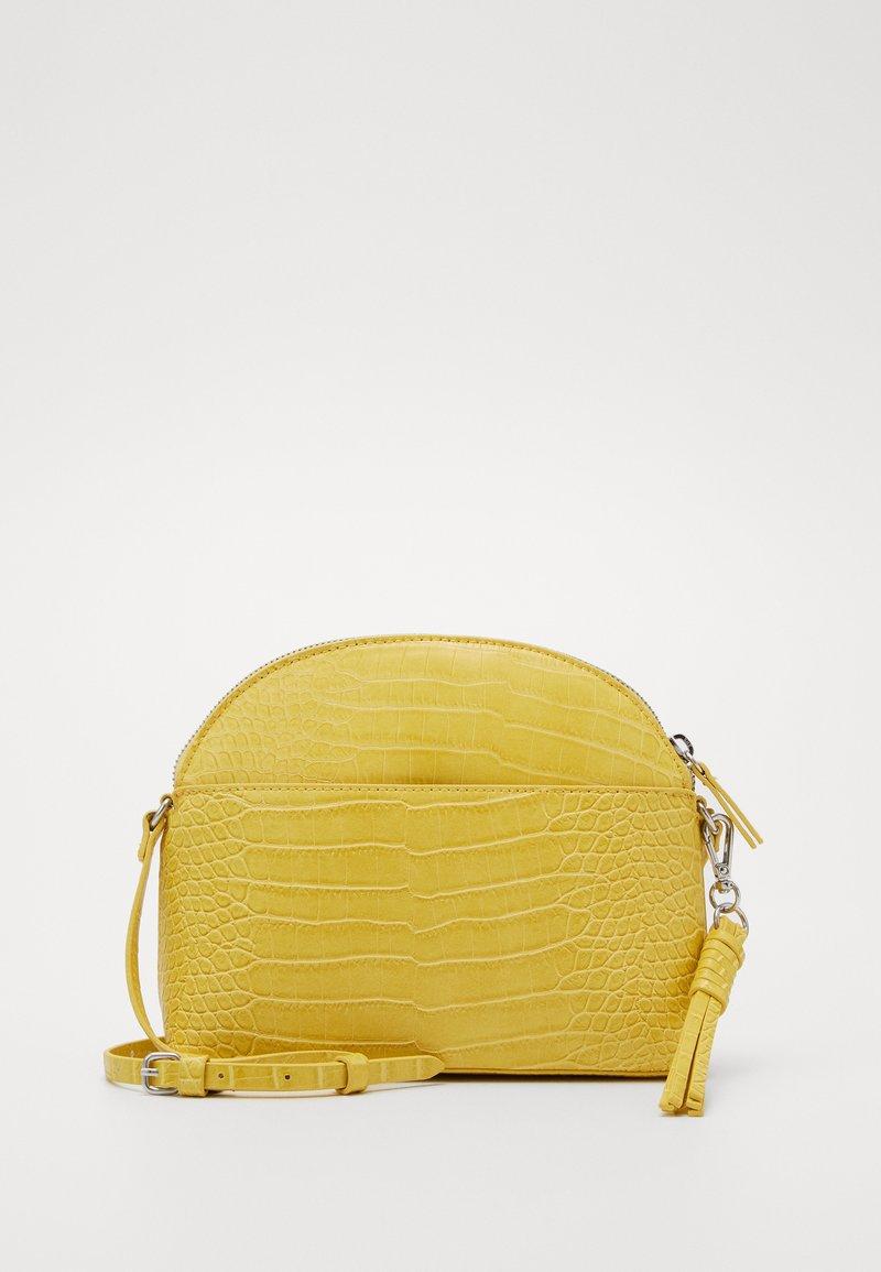 s.Oliver - Across body bag - yellow