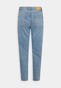 Monki - KIMOMO - Jeans a sigaretta - blue medium dusty - 1