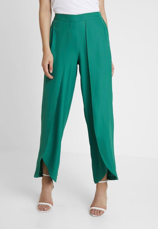 YASMYA PANT VIP - Stoffhose - verdant green