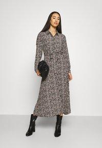 Vero Moda - VMJORDIN DRESS - Skjortekjole - black - 1